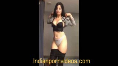 Indian porn tube modeling girl strip