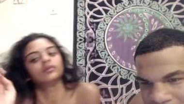 Webcamsex of young Indian college lovers