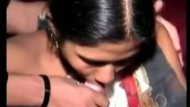 Indian xxx porn of a young village girl