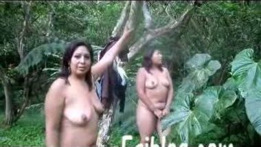 NRI mature bhabis nude walking in forest