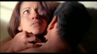 Irfan Khan Play Sex Smooch Kiss
