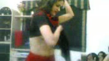 Noormami Dance On Dhoom Song