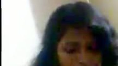 Chubby bhabi free porn show of her assets