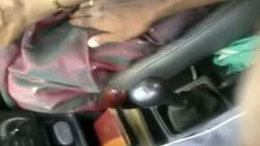 Desi Hand Sex During Drive