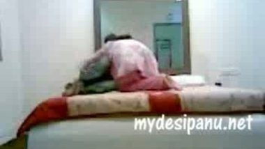 Pakistani college girl fucked by cousin MMS