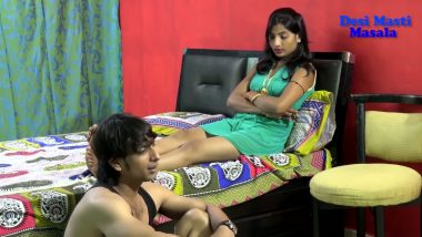 Hot desi actress first time in B-grade Bollywood masala