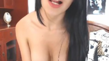 Pretty Amateur Latina Teasing