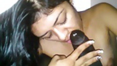 22 cute indian girl sucking big cock