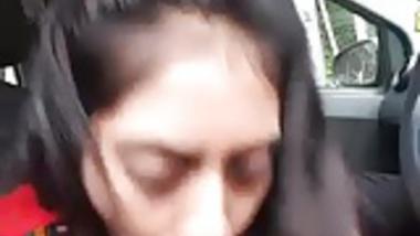 Tamil Girl BJ in the Car