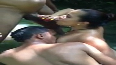 Real threesome xxx video of Assamese aunty outdoors