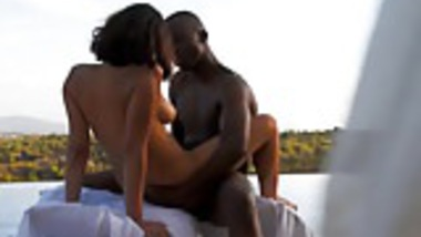 Ebony MILF Enjoys Exotic Outdoor Sex