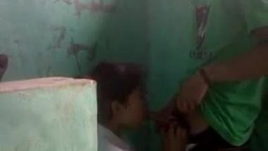 Desi porn movie of Assamese female security guard