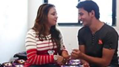 bhabhi romancing with devar