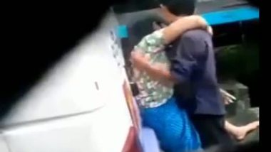 Desi young girl having an outdoor sex with her lover