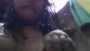 Indian teen outdoor bath selfie