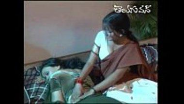 Hot Telugu married women having lesbian sex