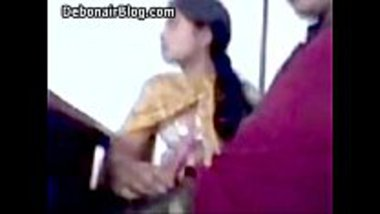Indian blowjob of a desi college girl during the class