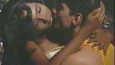 Vintage indian porn HADH KAR DI AAPNE 90s