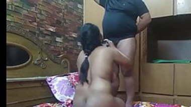 Young couple from meduniver checks blowjob addiction at home